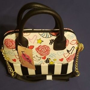 *NWT* Luv Betsey by Betsey Johnson Darcy Satchel